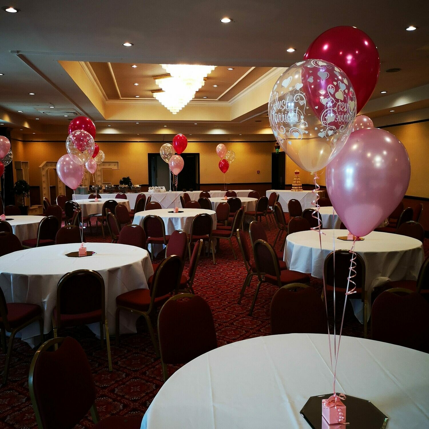 Set of Two and Three Table Balloons