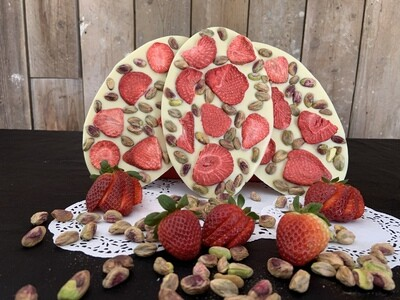Strawberry and Pistachio Bliss