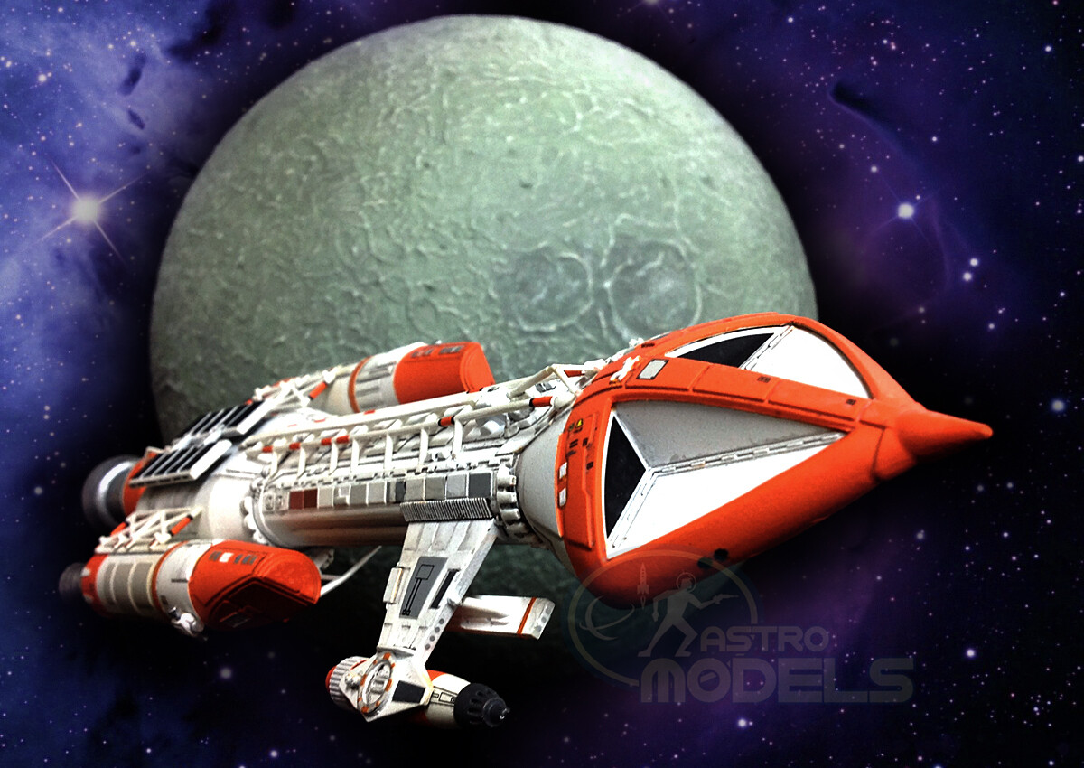"""Pre-Assembled and Painted MPC Hawk Mk.IX Model From 'SPACE: 1999' - 1:72 Scale - Over 10"""" Long - Superb Detail!"""