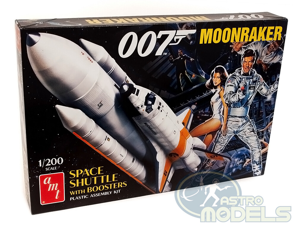 James Bond 007 Moonraker Space Shuttle W/Boosters - 1:200 Scale