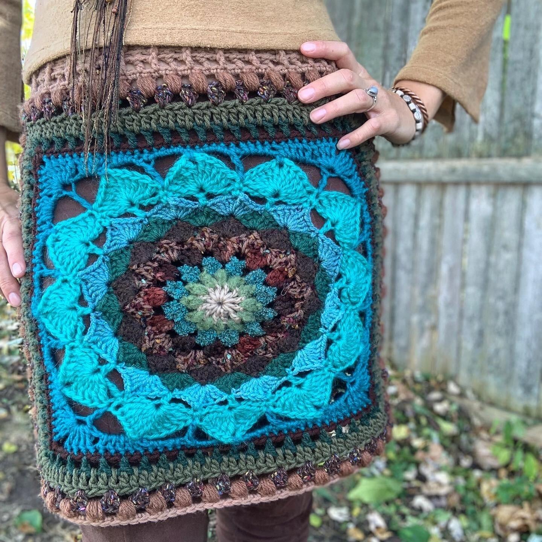 Mandala Burst Grannysquare Skirt