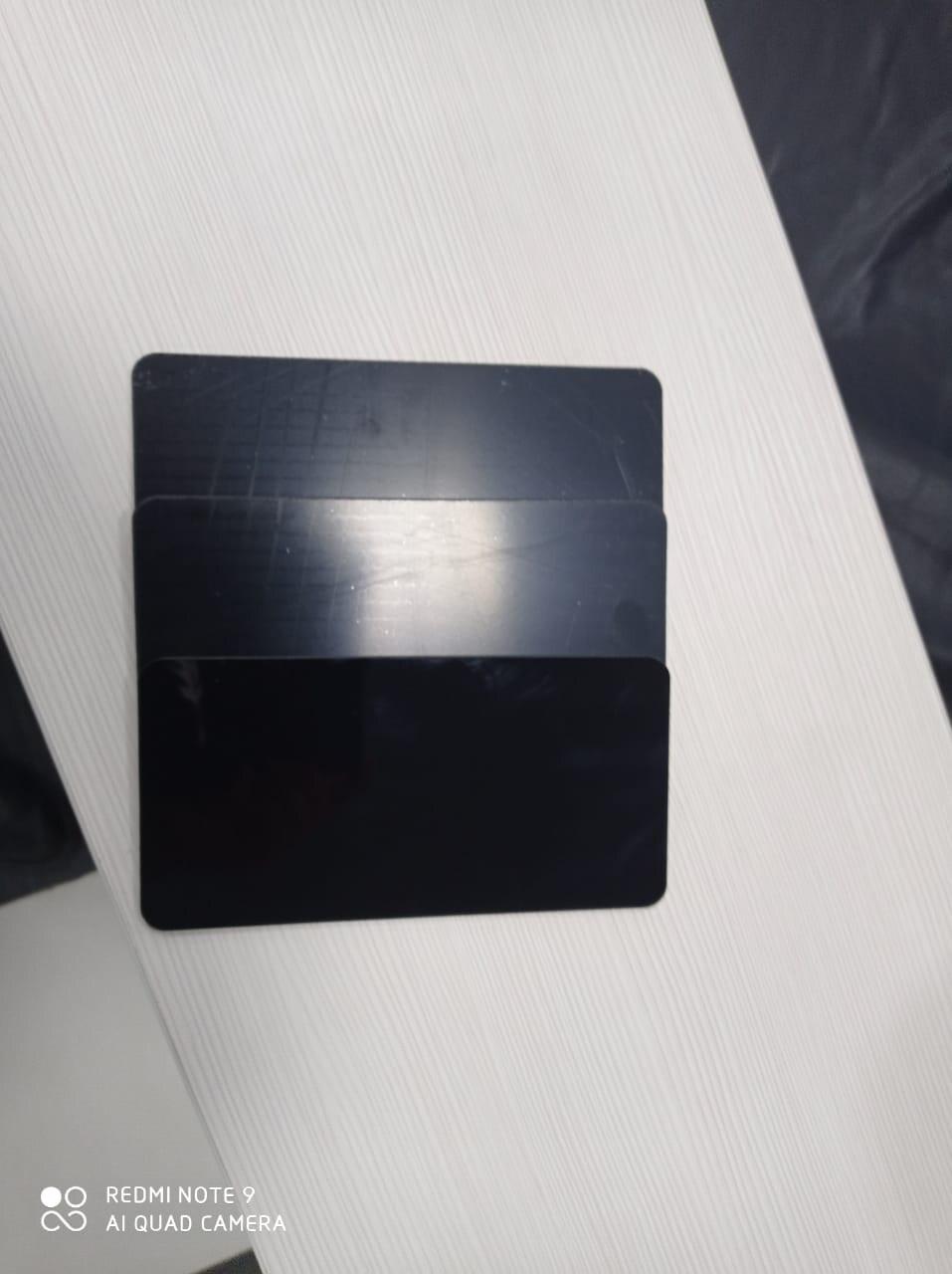 Литое оргстекло, незеркальное, цвет чёрный (толщина 3 мм) размеры 3050 мм Х 2050 мм