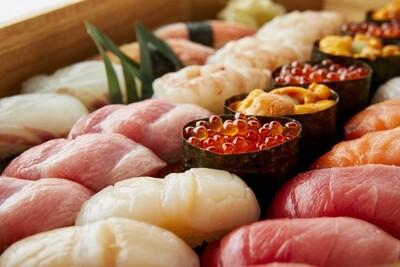 お寿司の盛合せ
