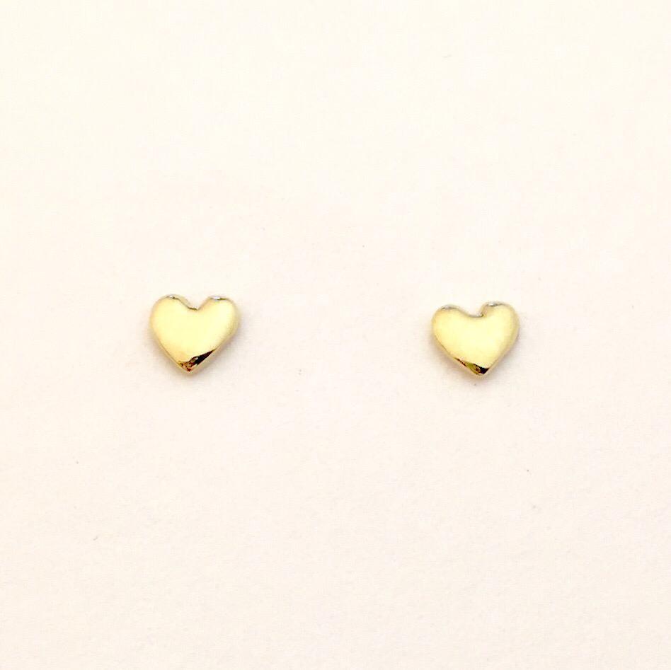 4mm Tiny 18k #HeartofGold💛 stud earrings