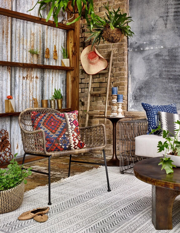 Bandera Outdoor Club Chair