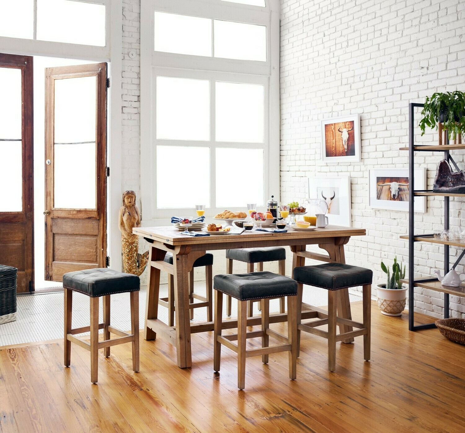 Sean Bar & Counter Stool Leather
