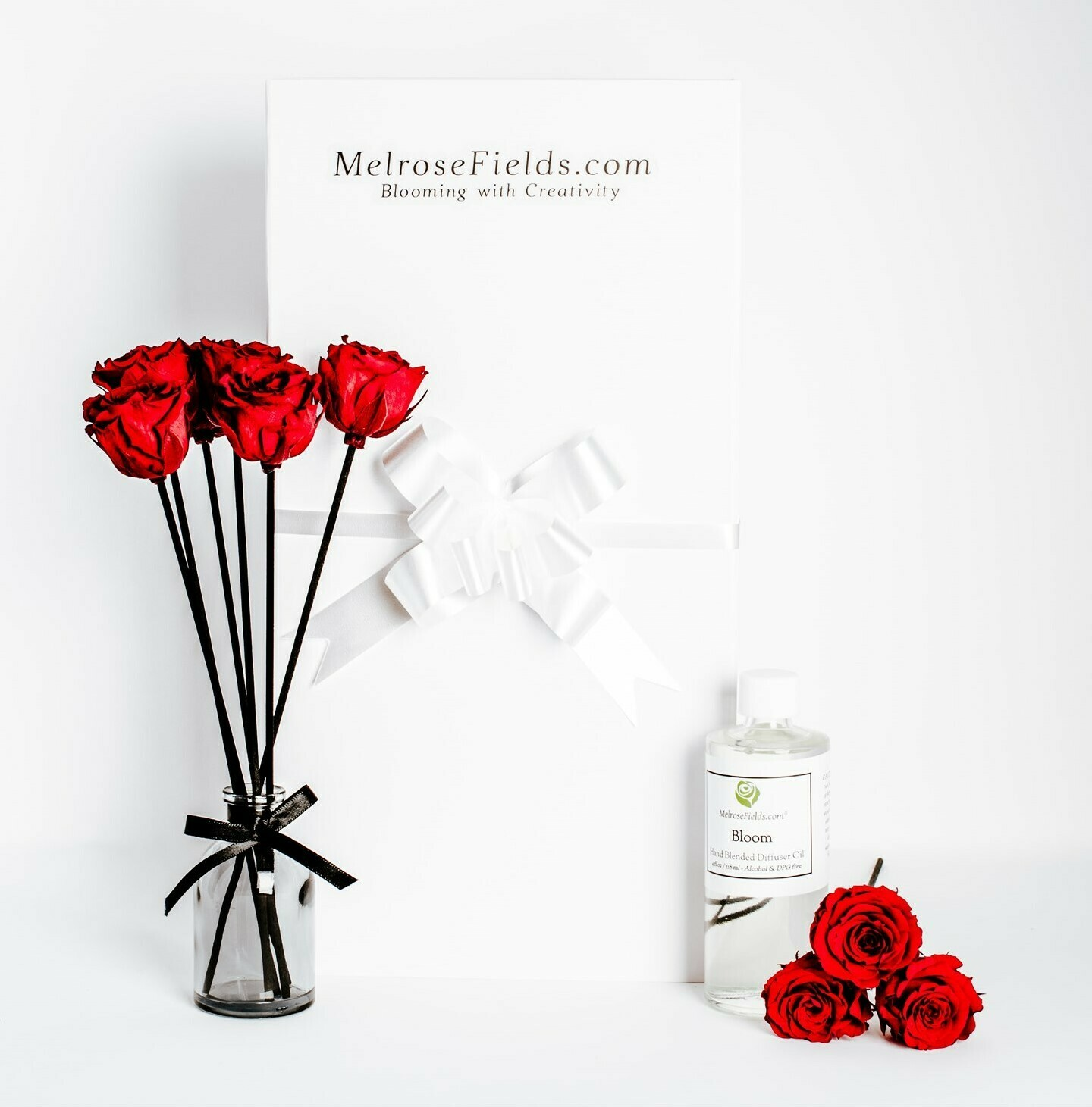MelroseFields Mini Red Rose Reed Diffuser Kit