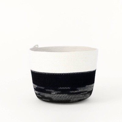 MOkun Black and White Sketch Bucket