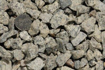 20mm Dorset Limestone Chippings