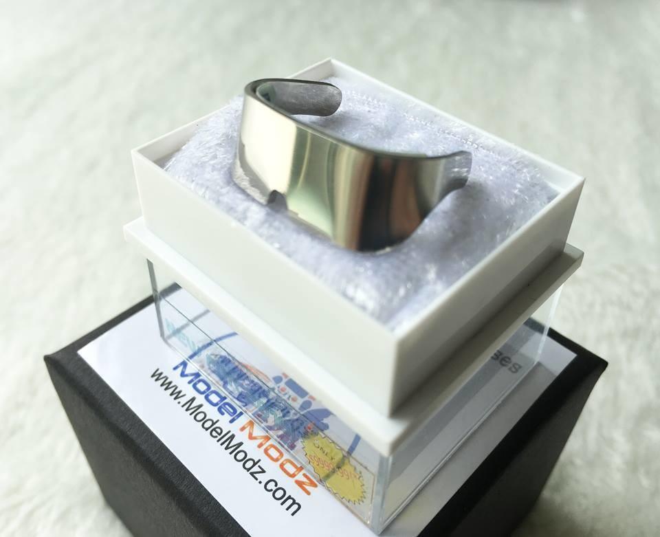 Delorean 2015 iGlasses 1:8 scale prop