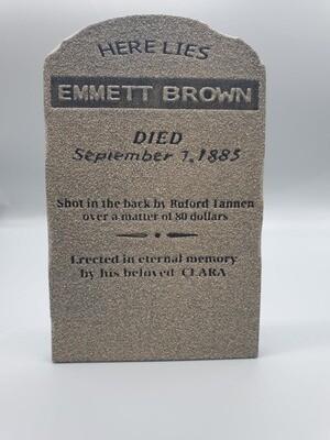 DeLorean 1:8 Scale BTTF 3 Emmett Brown Tombstone