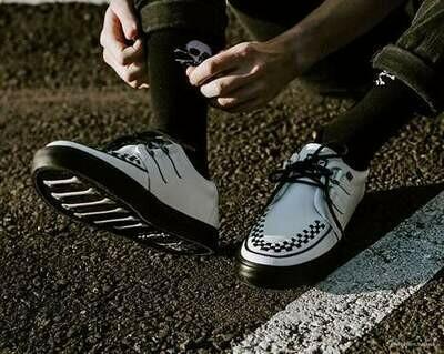 White D-Ring VLK Sneaker