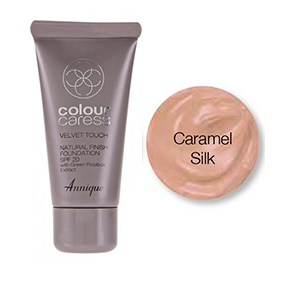 Velvet Touch Foundation Caramel Silk  30ml