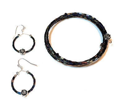 Memory Wire Black Iridescent Beads Rose Bead Bracelet and Earrings