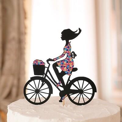Топпер Девушка на велосипеде.