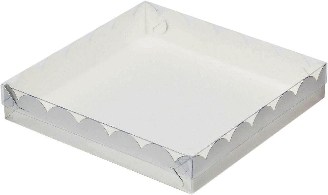 Коробочка для печенья 25х25х3 см белая