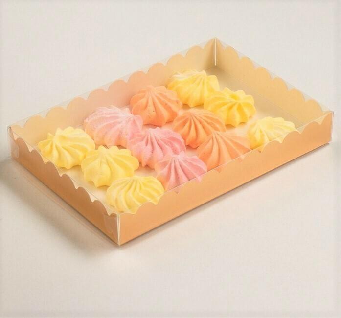 Коробочка для печенья 22х15х3.5 см золотая