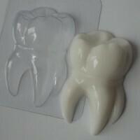 Форма пластиковая Зубик