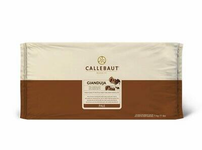 Шоколад молочный с фундучной пастой (Джандуйя) Callebaut (Бельгия), 500 г