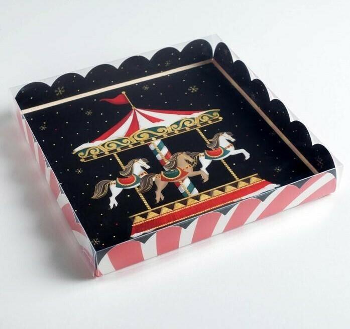 Коробочка для печенья Карусель 21 х 21 х 3 см