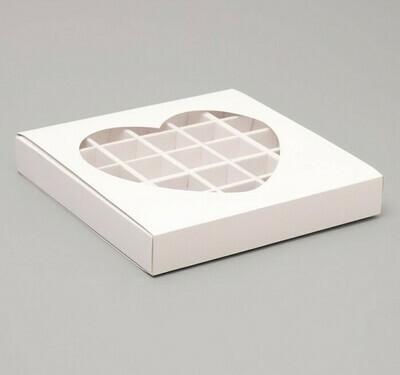 """Упаковка для конфет 25 шт """"Сердце"""", белая, 22 х 22 х 3,5 см"""