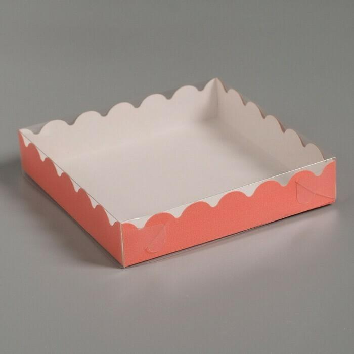 Коробочка для печенья 15х15х3 см красная