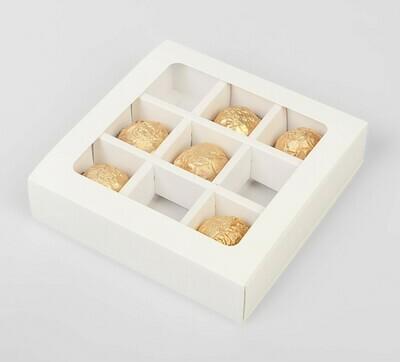 Упаковка для конфет на 9 шт,14,5 х 14,5 х 3,5 см, белая