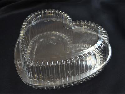 Коробка для торта пластиковая СЕРДЦЕ