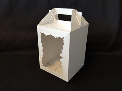 Коробка для кулича белая фигурное окно 15х15х20