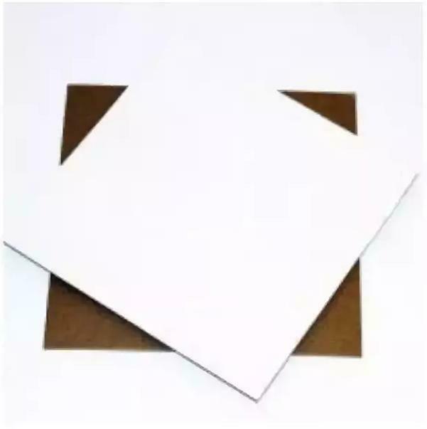 Подложка картонная белая односторонняя 23*23 см 2 мм