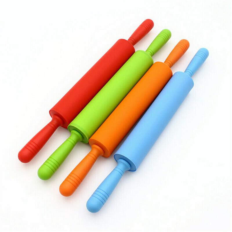 Скалка силиконовая с вращающимися ручками. Рабочая поверхность - 25 см