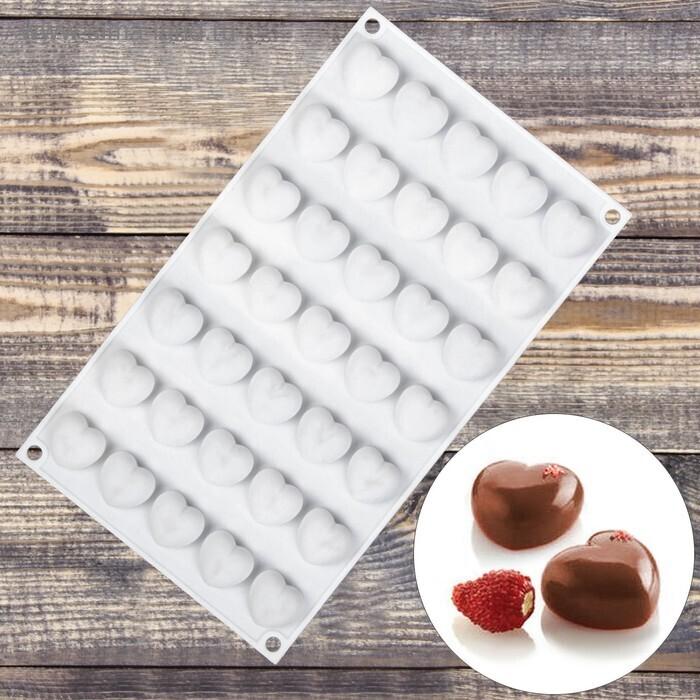 Форма для муссовых десертов  «Сердечки», 29,7×17,3 см, 35 ячеек (2,5×2,3 см)
