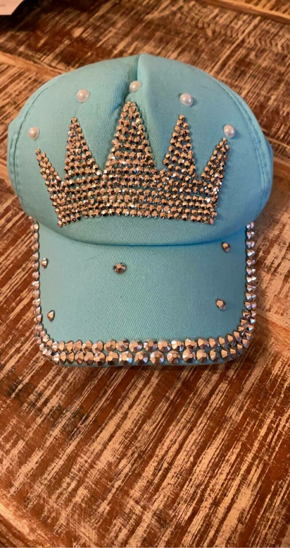 Turquoise crown baseball cap
