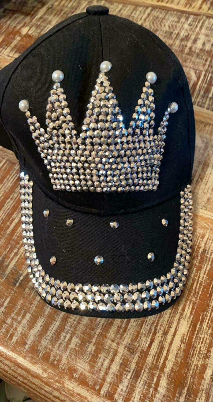 Black crown baseball cap