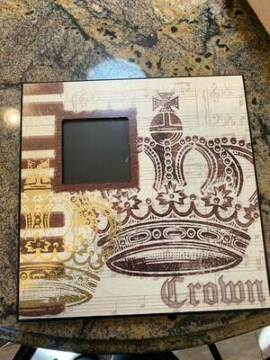Crown frame ONLY ONE