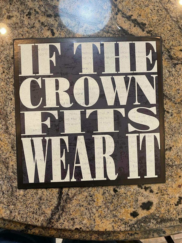 crown sign (3 left )