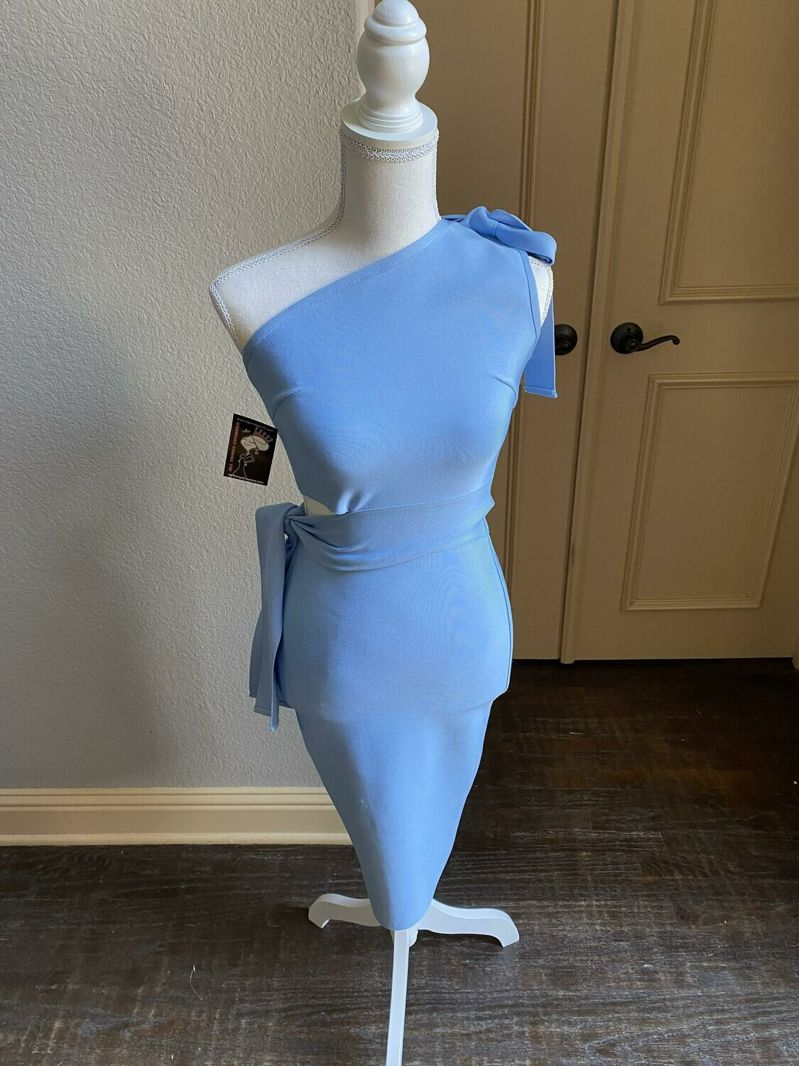 Small ONLY ONE Periwinkle bandage dress
