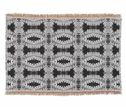 3 Branches Pattern Throw Rug