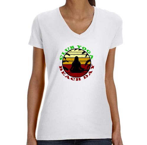 She Guana Party  V Neck T-Shirt