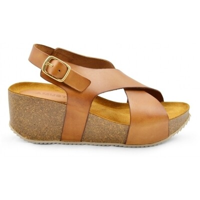 Alma sandal light tan Amust