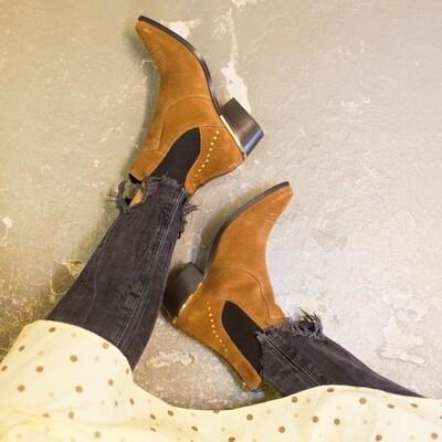 Groovy suede cognac Copenhagen shoes