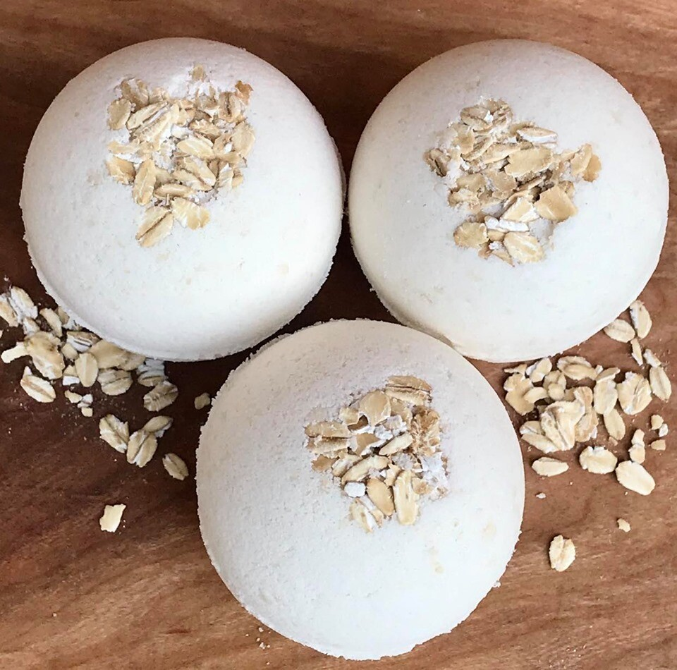 Bath Bomb - Oatmeal Milk & Honey
