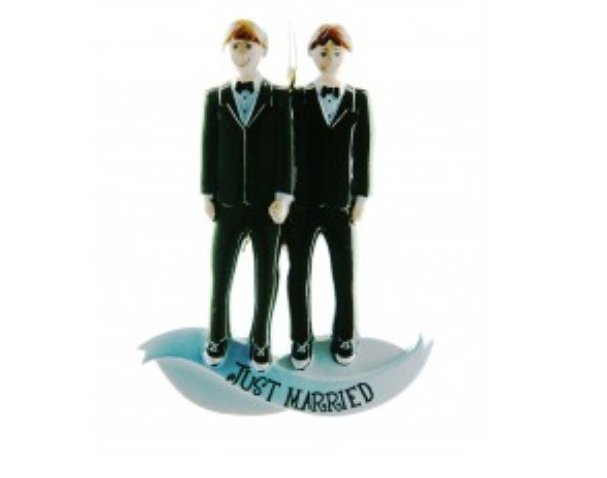 Mr and Mr just married ornament