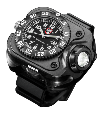 Surefire 2211 Luminox Wristlight  Rechargeable Variable-Output LED WristLight + Watch 2211-B-BK-LMX (PRE ORDER)