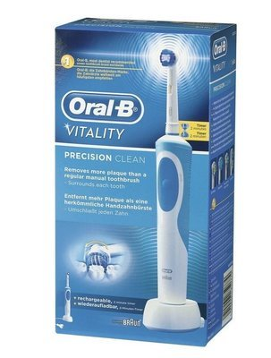 Braun Oral-B Vitality Precision Clean Electric Toothbrush D12.513