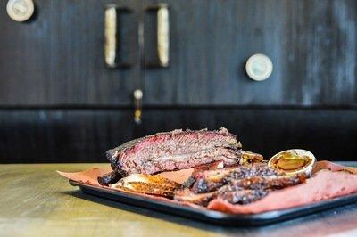 Rack of beef plate ribs