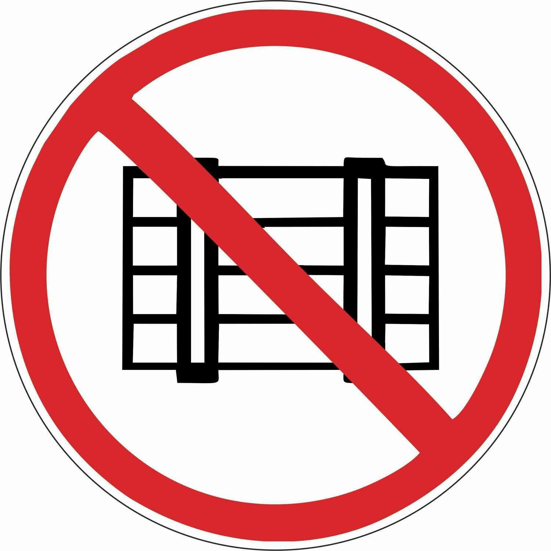 Наклейка Запрещается загромождать проходы и складировать