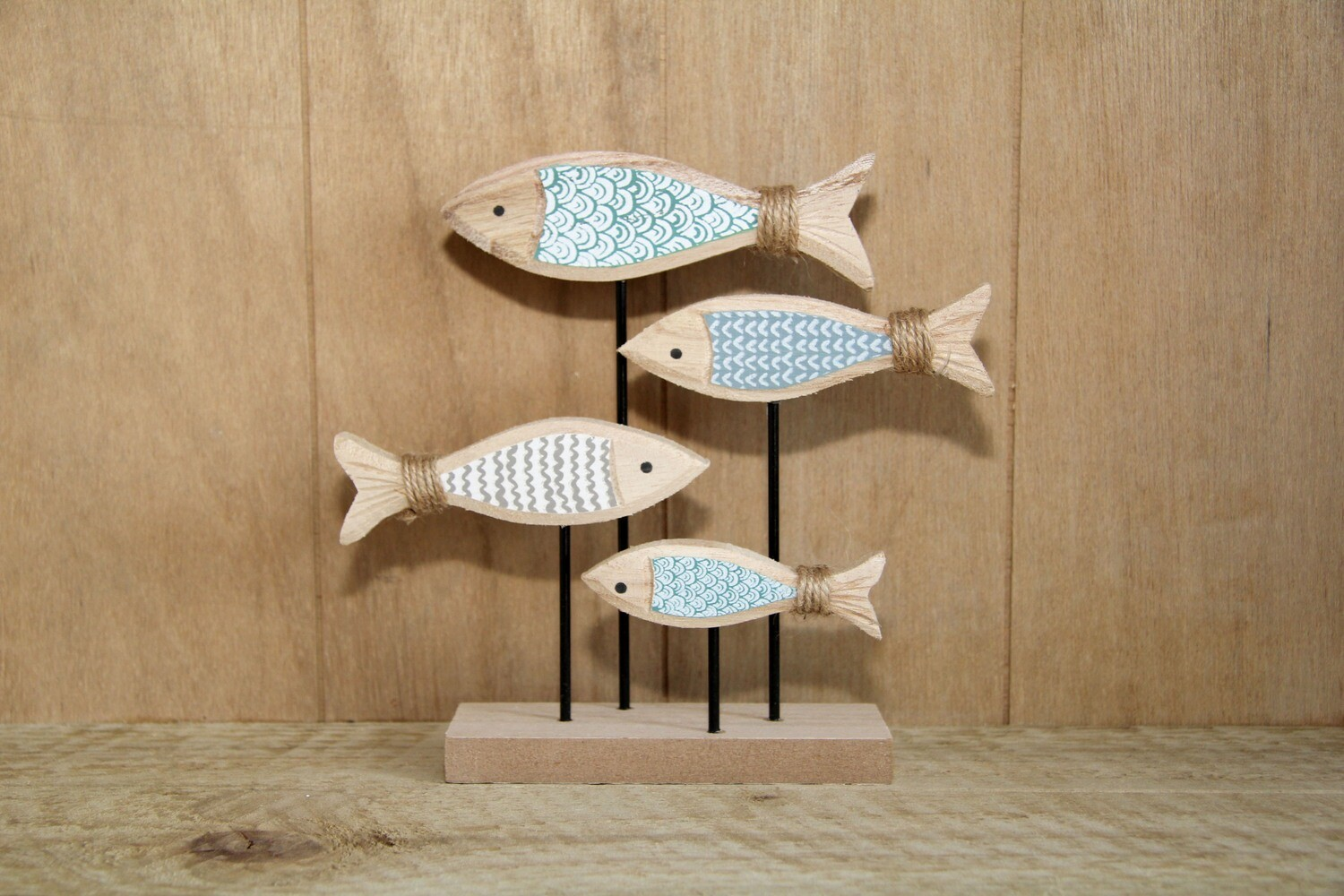 Wooden fish shoal