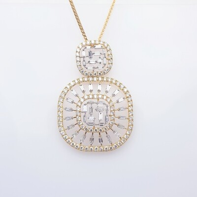 Bag and Diamond Pendant in 18K Gold