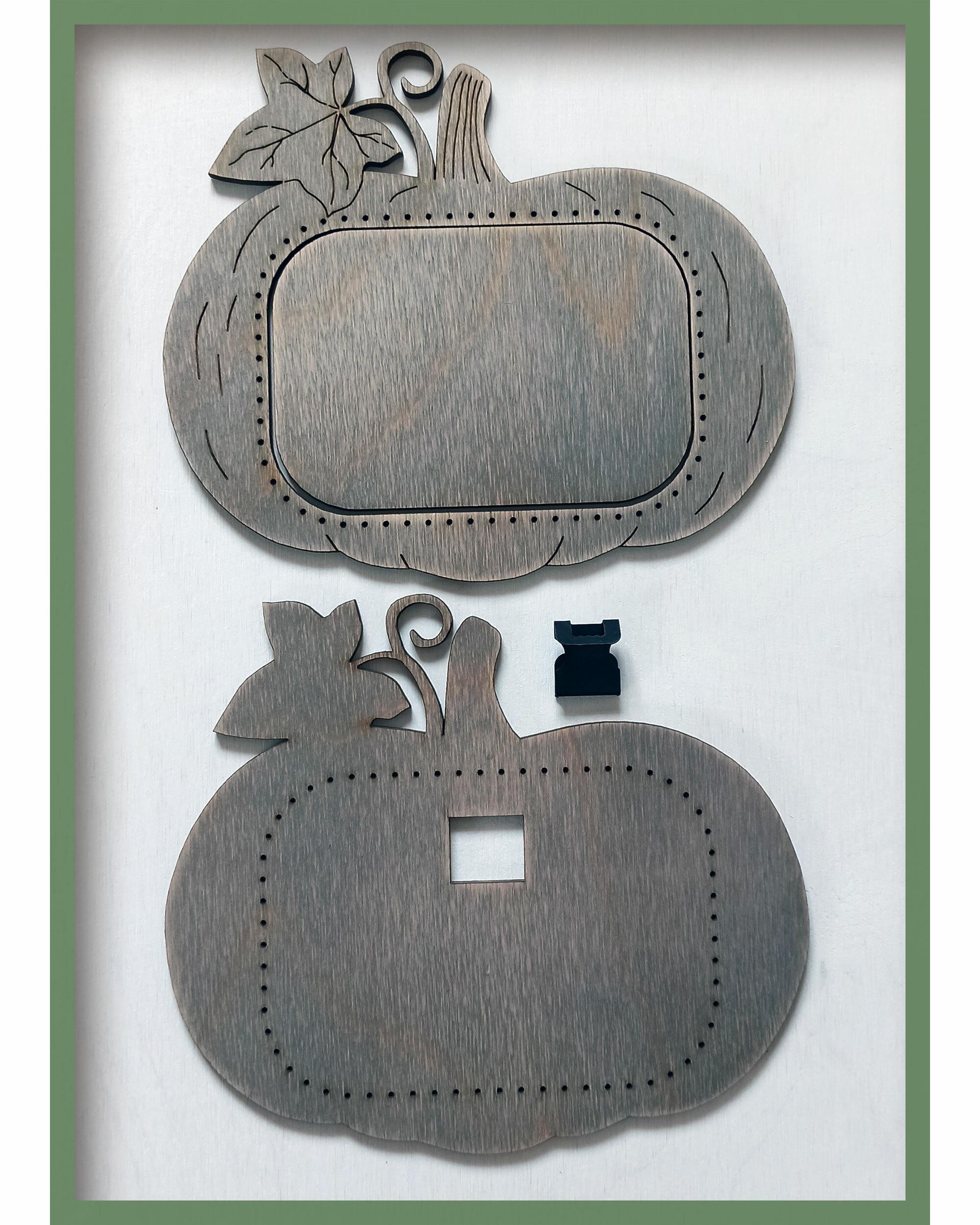 Рамка для вышивки Тыковка (цвет Туман)